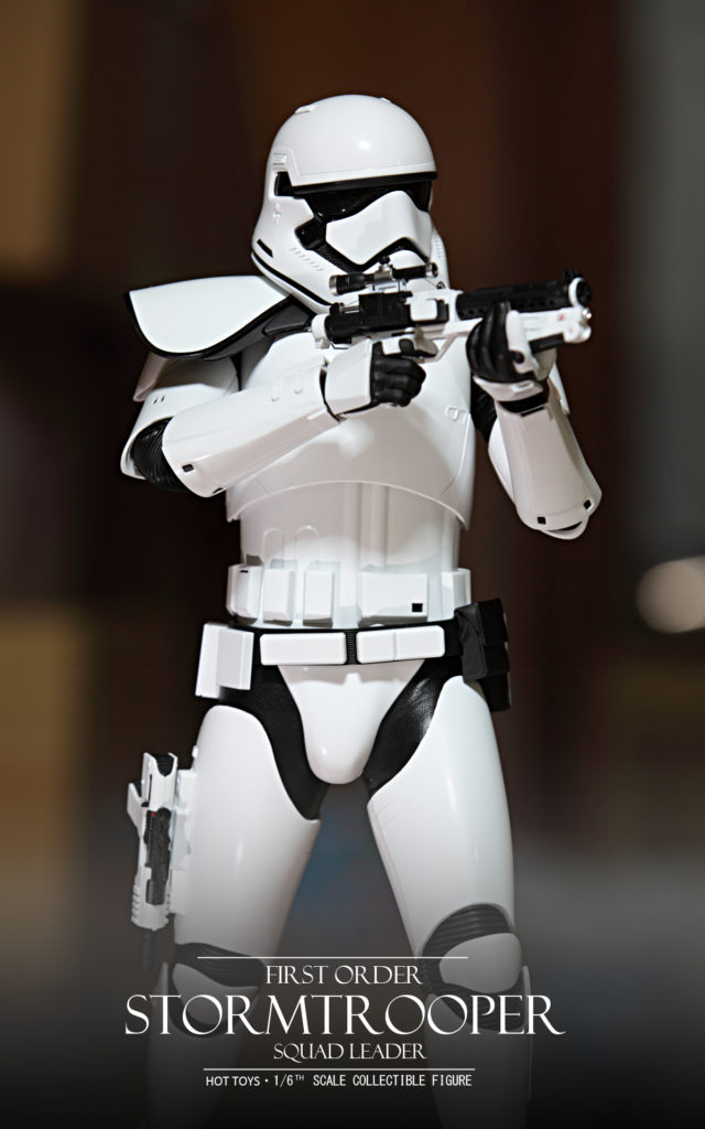 hottoys-stormtrooper-squad-leader-05