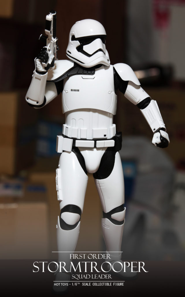 hottoys-stormtrooper-squad-leader-07
