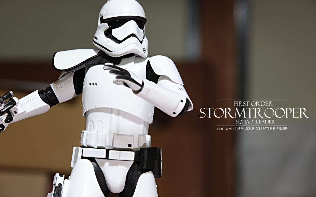 hottoys-stormtrooper-squad-leader-11