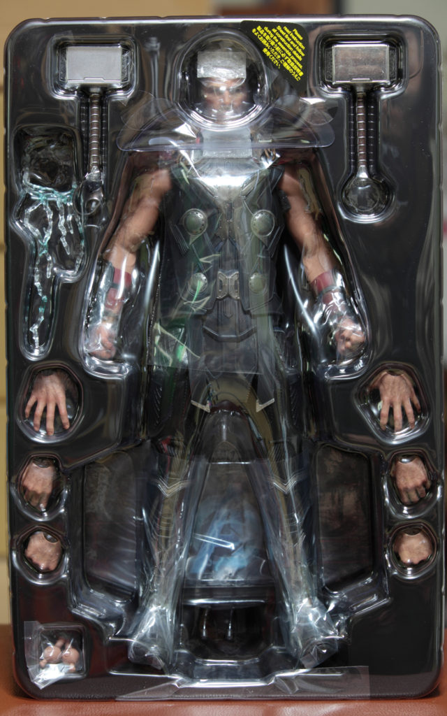 hottoys-thor-aou-03