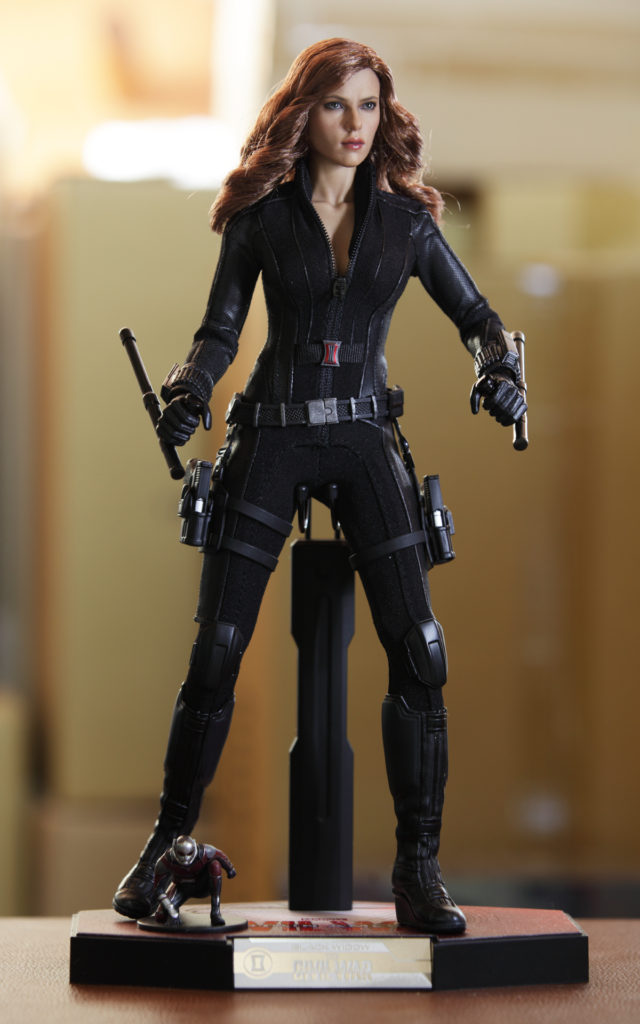 hot-toys-captain-america-civil-war-black-widow-picture-17