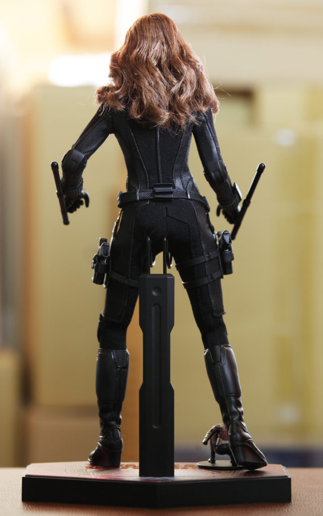 hot-toys-captain-america-civil-war-black-widow-picture-18