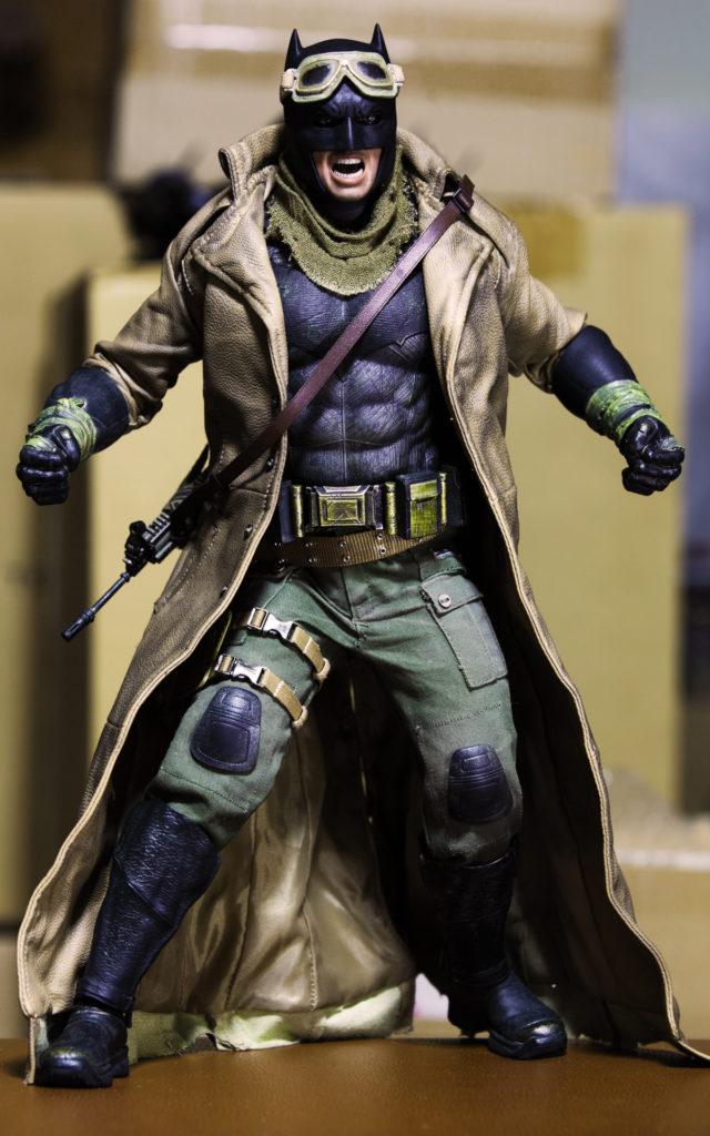 hottoys-knightmare-batman-10