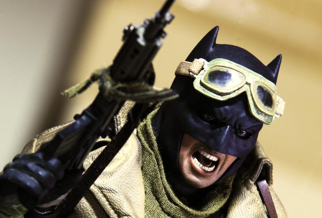 hottoys-knightmare-batman-16