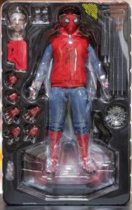 スパイダーマン ホームメイド版 箱取り出し