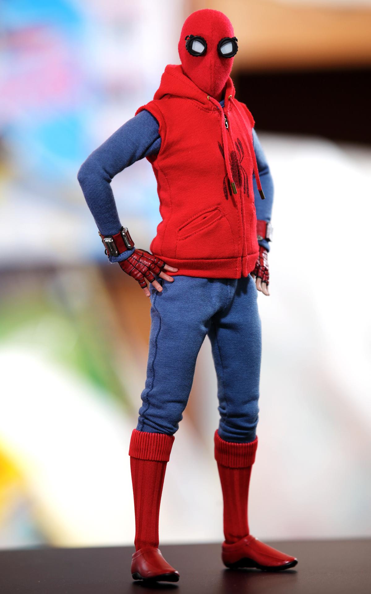 スパイダーマン ホームメイド版直立ポーズ